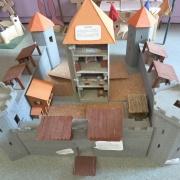 chateau fort classe Moyen-Age